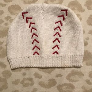 955784cbde8 buy buy baby Accessories - New born beanies. Football and baseball. 0-3
